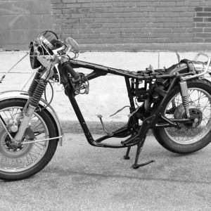cb450-frame-painted-bw
