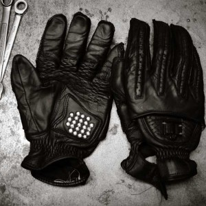 Icon Rimfire Gloves_bw