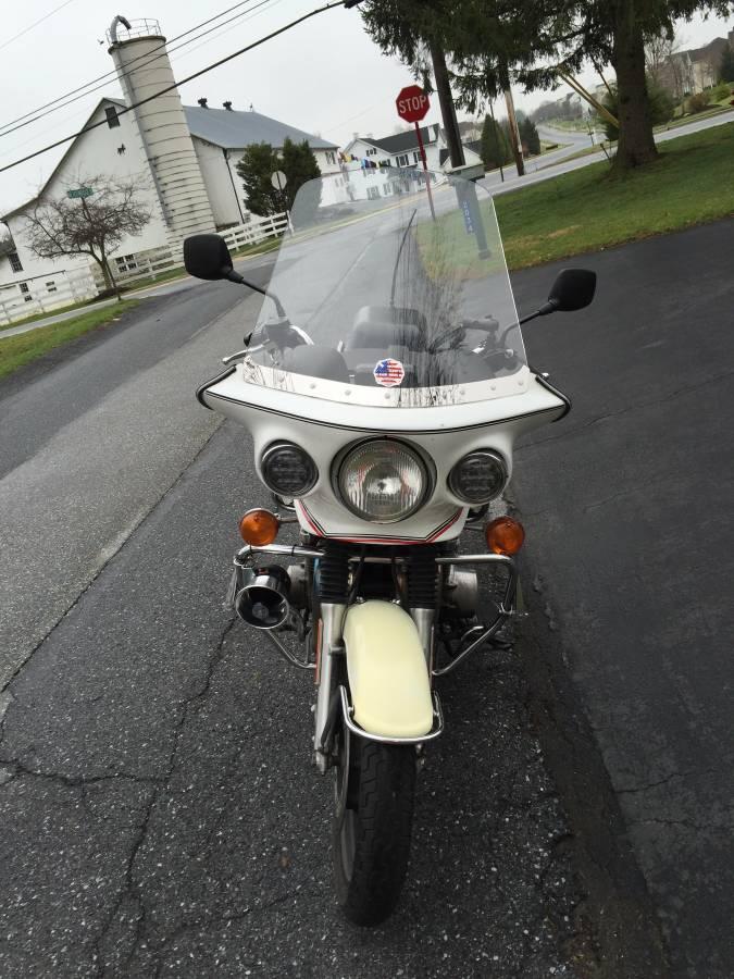 KawasakiPoliceMotorcycle1