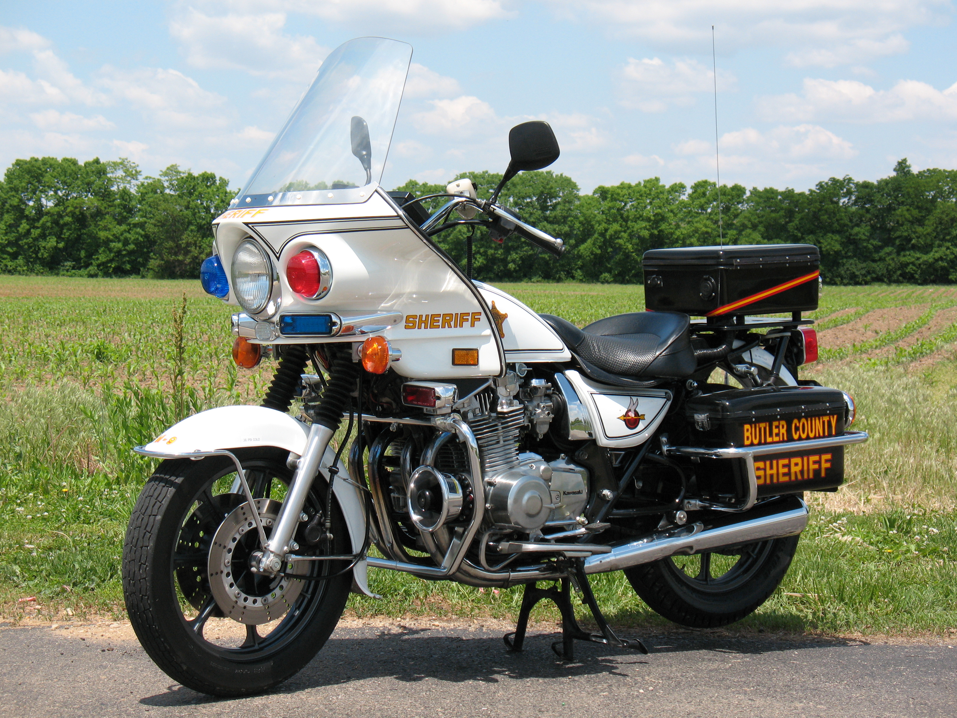 kawasaki kz police bikes - chin on the tank – motorcycle stuff in