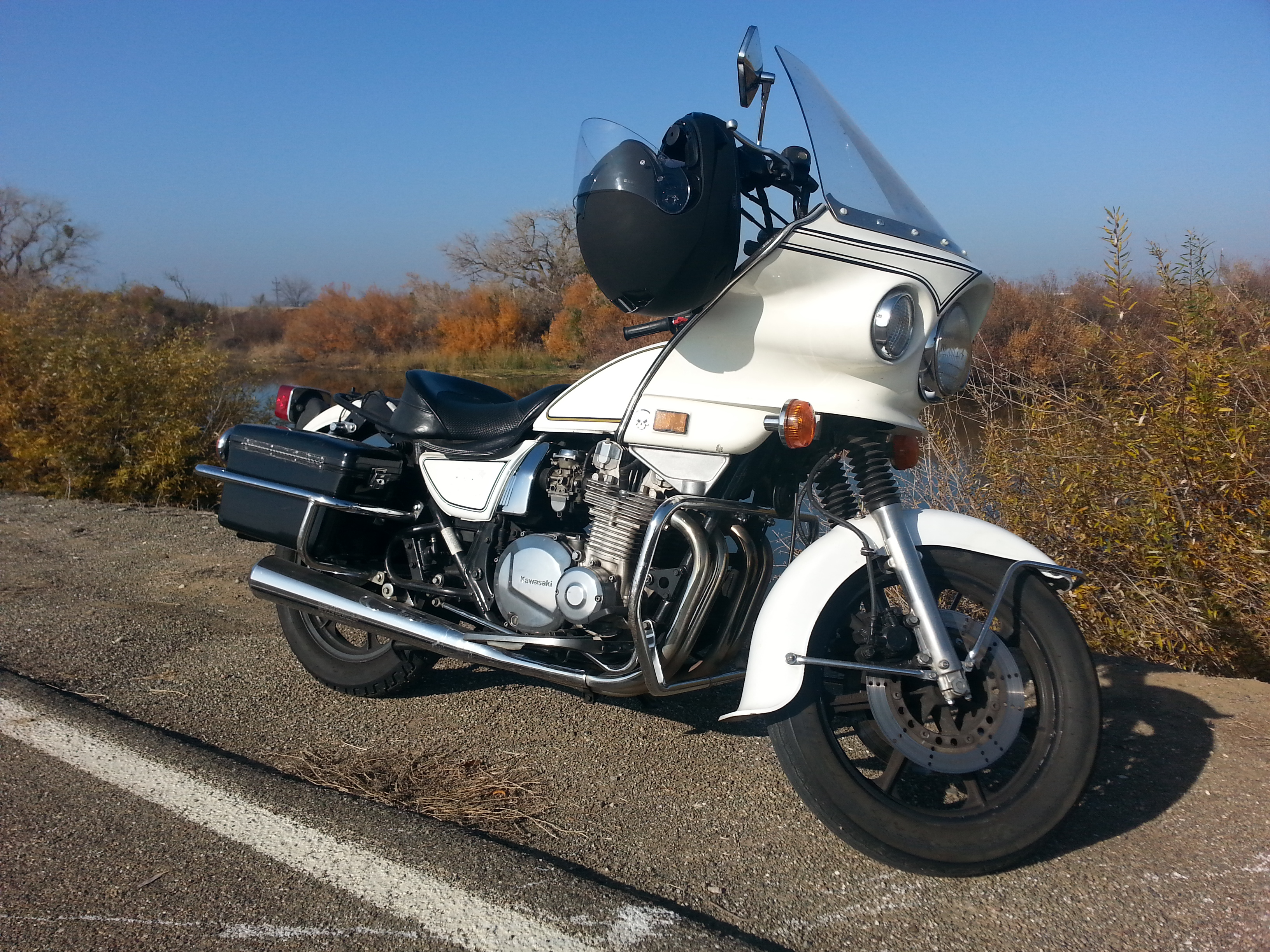 KawasakiPoliceMotorcycle14
